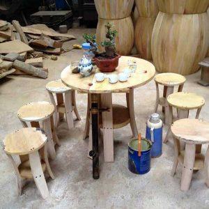 Bàn ghế trang trí bằng gỗ mít