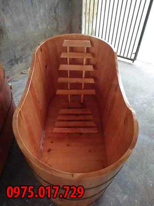 Bồn tắm bầu dục gỗ thông tốt nhất về giá thành và chất lượng